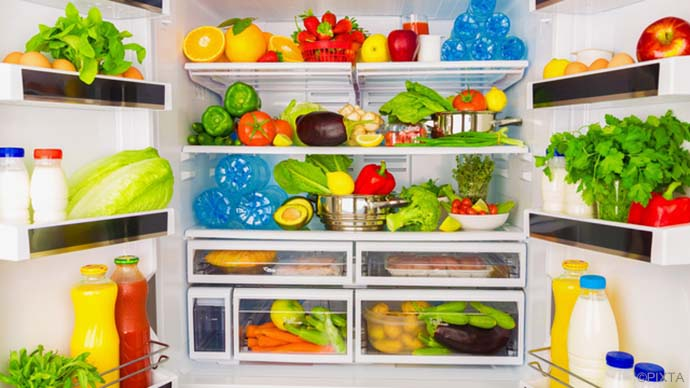 臭いスッキリ!【冷蔵庫の消臭】方法&予防術|掃除の基本