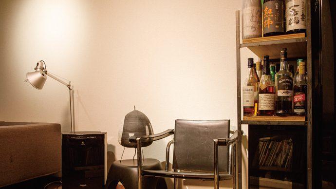DIYで模様替え!「壁」のデッドスペースを収納にするアイデア